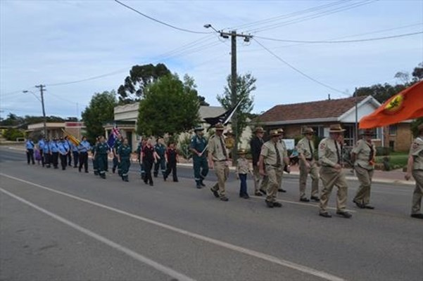 General - Pingelly Anzac Day 2013